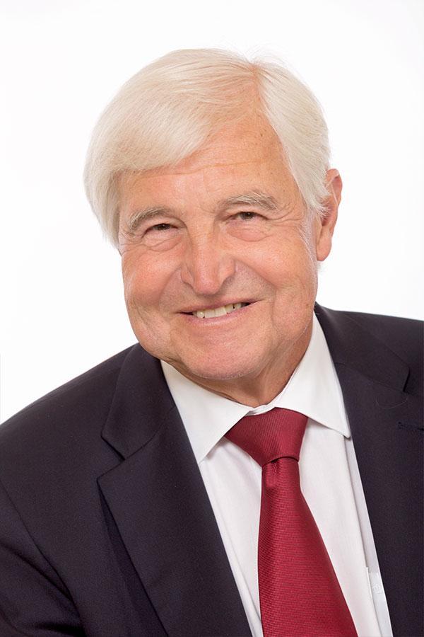 Dr. Gottfried Korn